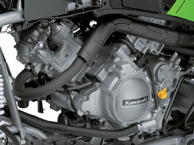 Двигатель Kawasaki KFX700
