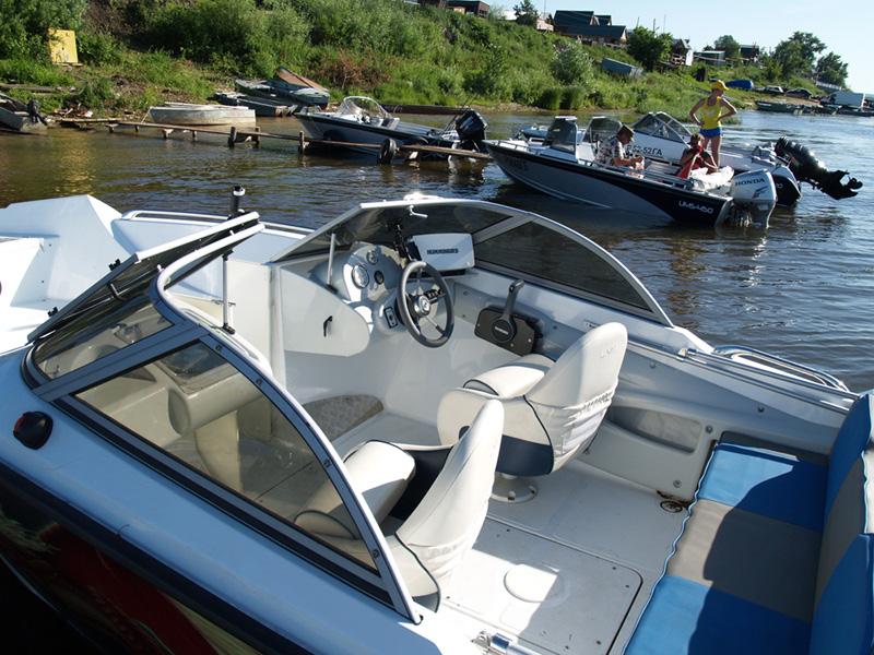 катер лодка ums