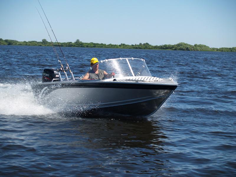 лодка браво 450