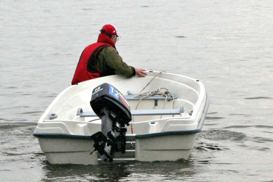 как выйти в море на лодке с мотором